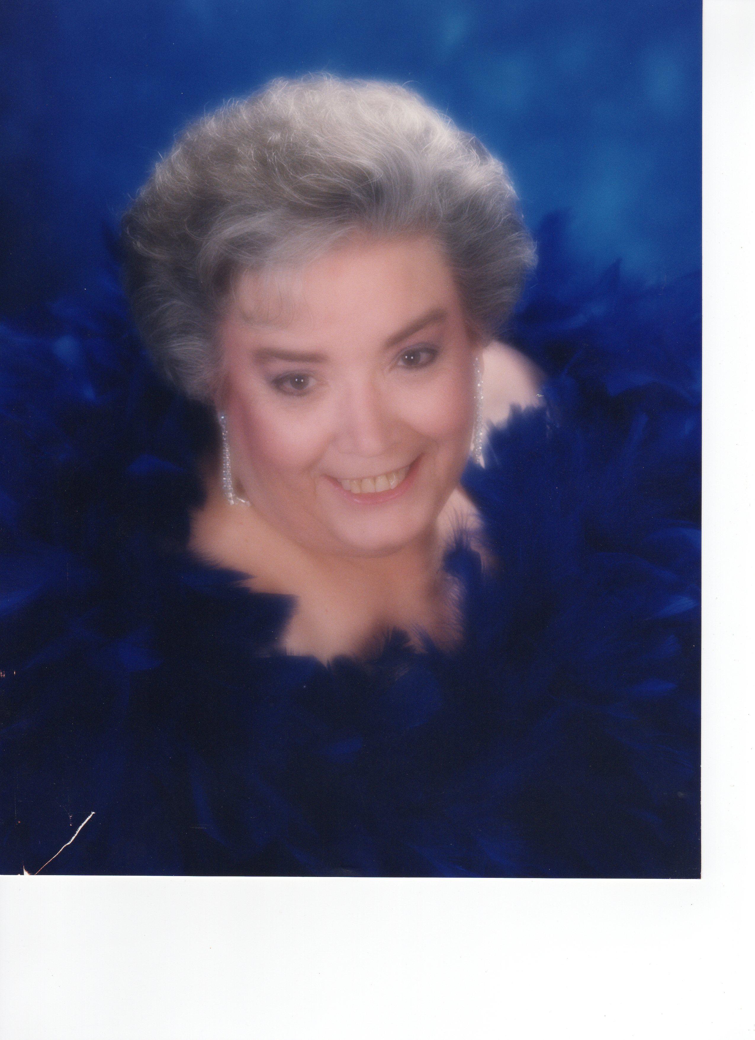 Mrs Jean Dillon